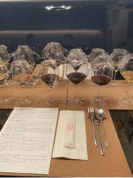 たくさんのワイングラス